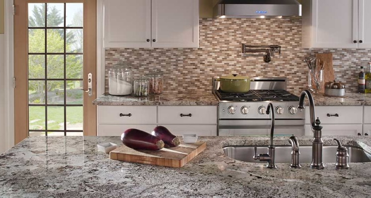 Alaska-White-Granite-Kitchen